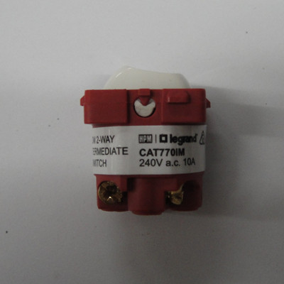 10amp intermediate switch mech white for hpm excel